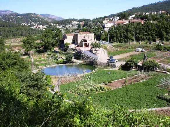 Can Brunet, bassa i conreus de Castellar del vallès