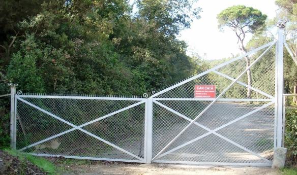 Porta d'entrada al Bosc i Fonts de Can Catà