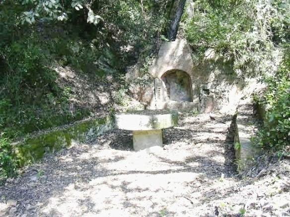 Antiga Mina - Font