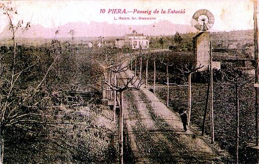 Passeig de l'Estació a Piera