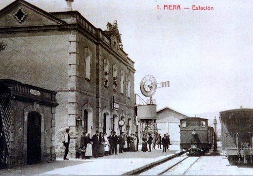 Estació de Tren FFCC- Torre d'Aigua