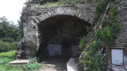 Font de Sant Marc - Sant Pere de Torello_01
