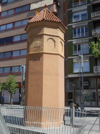 la plaça Maluquer_01