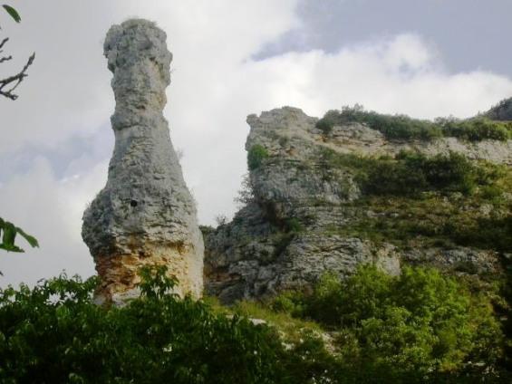 Covanera - Pedra prop Pozo Azul_01