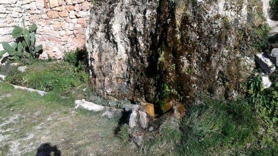 Font de darrera edifici d'Aiguafreda de Dalt