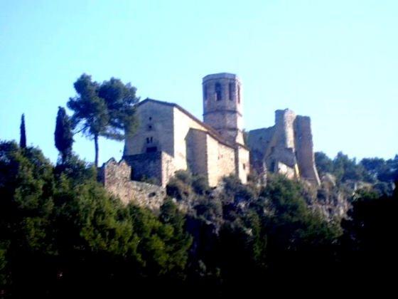 castell-de-gelida_01